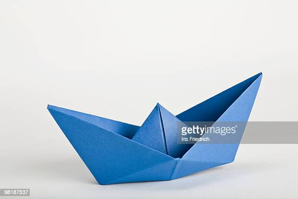 Origami full-rigged ship | Origami full-rigged ship designed… | Flickr | 408x612