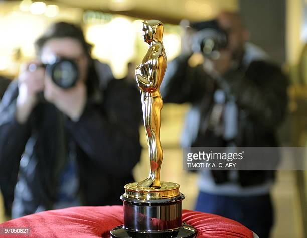 an Oscar statue on display at the Time Warner Center in New York February 25 2010 during the Academy of Motion Picture Arts and Sciences 'Meet the...