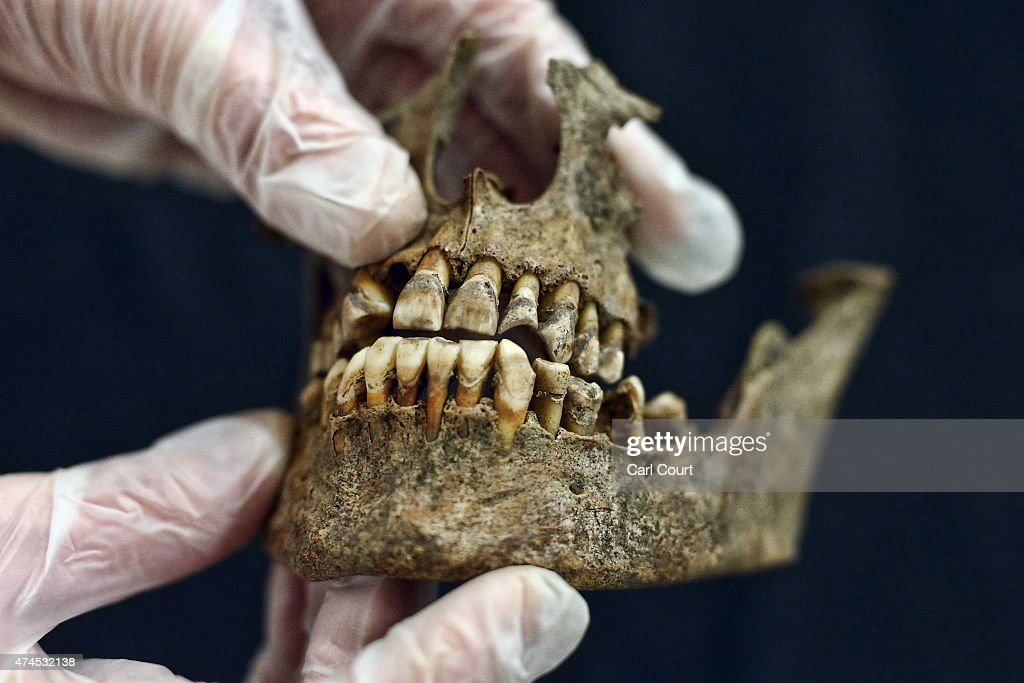 Evaluation Of The Crossrail Bedlam Skeletons : News Photo