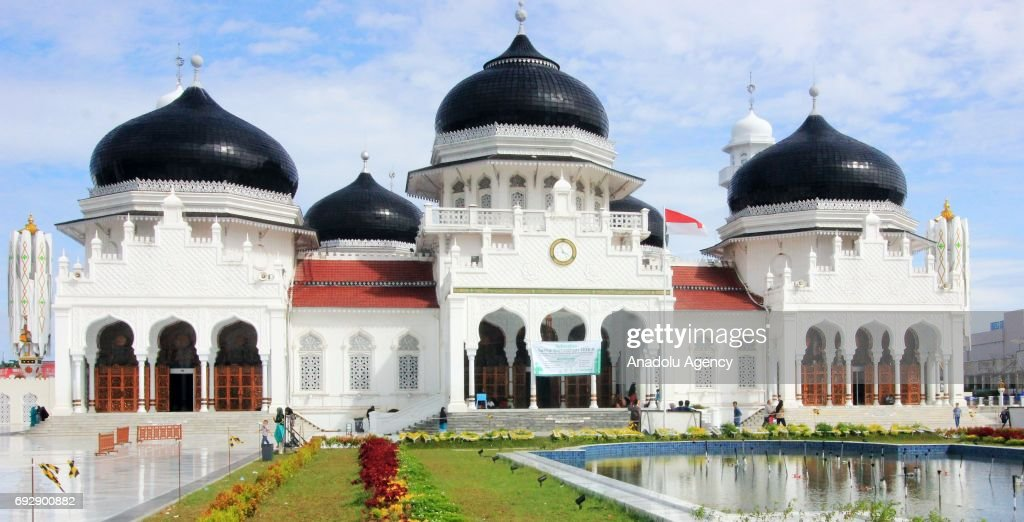 The Baiturrahman Grand Mosque in Indonesia : News Photo