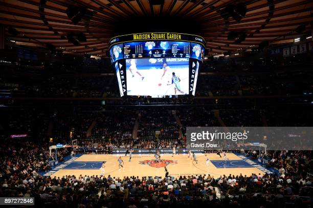 An overall general view of the interior of Madison Square Garden during the game between the New York Knicks and the Memphis Grizzlies at Madison...