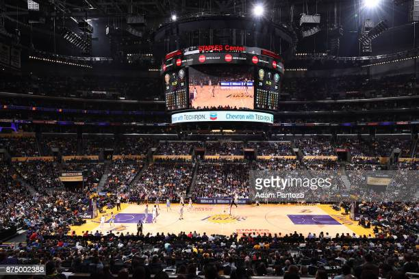 An overall interior view of the Staples Center during the game between the Los Angeles Lakers and Philadelphia 76ers on November 15 2017 at STAPLES...
