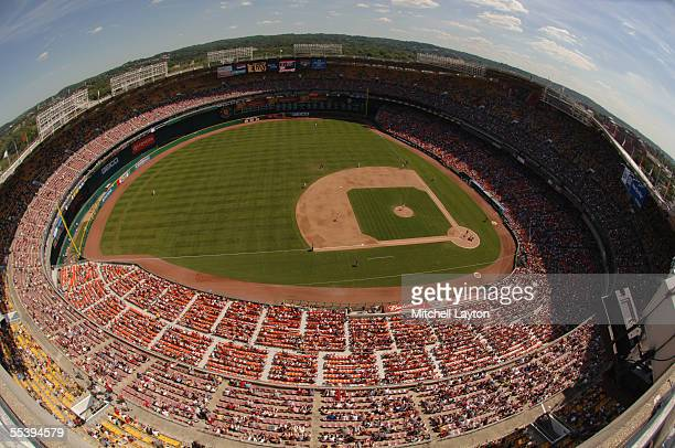 An overall view of Washington Nationals game against the Cincinnati Reds on August 25 2005 at RFK Stadium in Washington DC The Reds defeated the...