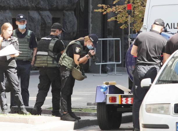 UKR: Man Threats To Detonate A Grenade Inside Government Building In Kyiv