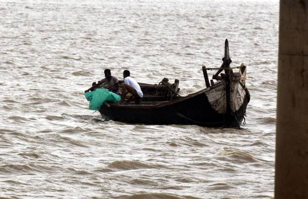 IND: Dead Bodies Disposed into The River Ganga In Patna