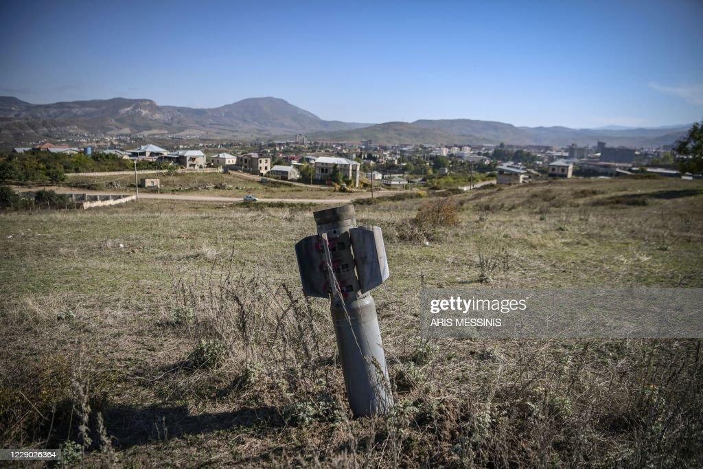 TOPSHOT-AZERBAIJAN-ARMENIA-KARABAKH-CONFLICT : News Photo