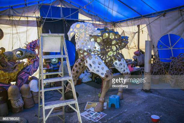 An unfinished giant alebrije Mexican folk art sculpture sits at artist Ricardo Linares' studio in Mexico City Mexico on Wednesday Oct 18 2017 Ricardo...