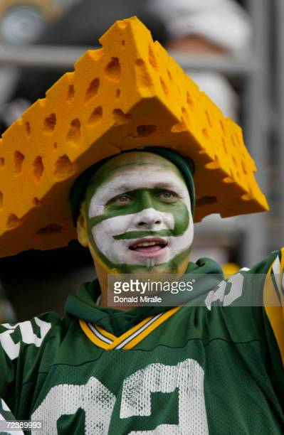 An unidentified fan shows his support for the Green Bay Packers during their game against the San Diego Chargers on December 14 2003 at Qualcomm...