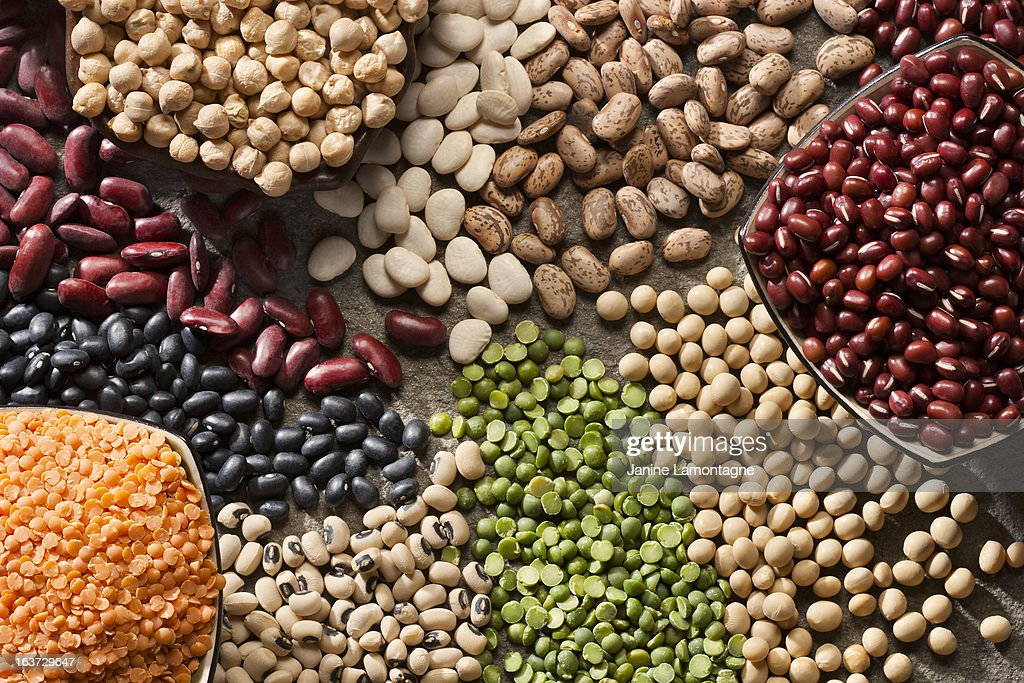 An up close picture of organic legumes : Stock Photo