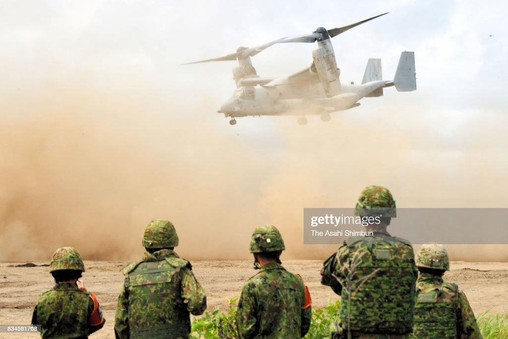 An U.S. Osprey aircraft takes part in the Japan-U.S. joint exercise on August 18, 2017 in Eniwa, Hokkaido, Japan. The exercise, 3,300 military personnel take part in, continues until August 28.