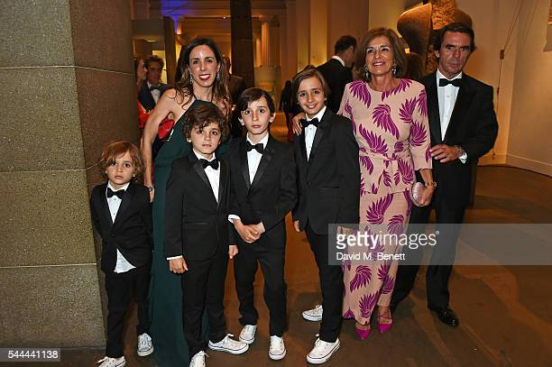 Ana Aznar Botella poses with sons Alonso Agag Alejandro Agag Pelayo Agag and Rodrigo Agag and parents Ana Botella and Jose Maria Aznar at the 2016...
