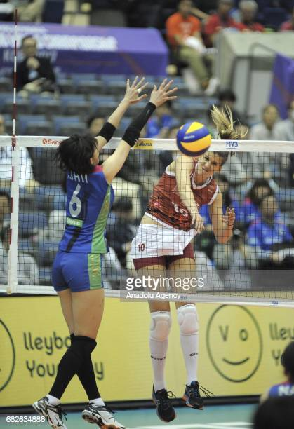 Ana Bjelica of Osasco Voleibol Clube in action against Yuki Ishii of Hisamitsu Spring during the semifinals match of the FIVB Womens Club World...