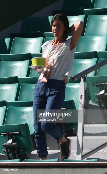 Ana Boyer Preysler attends Novak Djokovic's practice on Court Central two days ahead of the start of 2017 French Open at Roland Garros stadium on May...