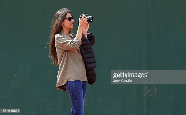 Ana Boyer Preysler attends the practice of her boyfriend Fernando Verdasco of Spain ahead of the 2016 French Open at RolandGarros stadium on May 21...