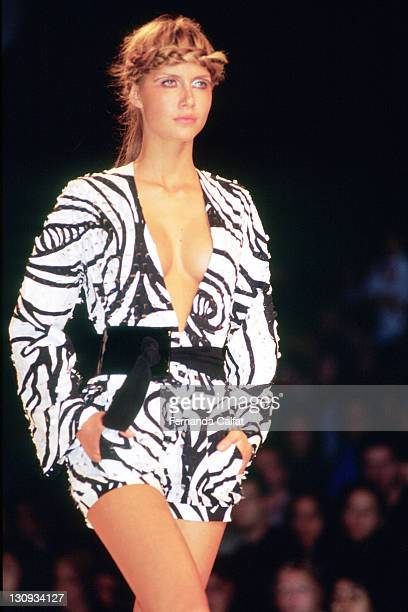 Ana Claudia Michels during 2000 Sao Paulo Fashion Week Reinaldo Lourenco at Bienal Ibirapuera in Sao Paulo Sao Paulo Brazil