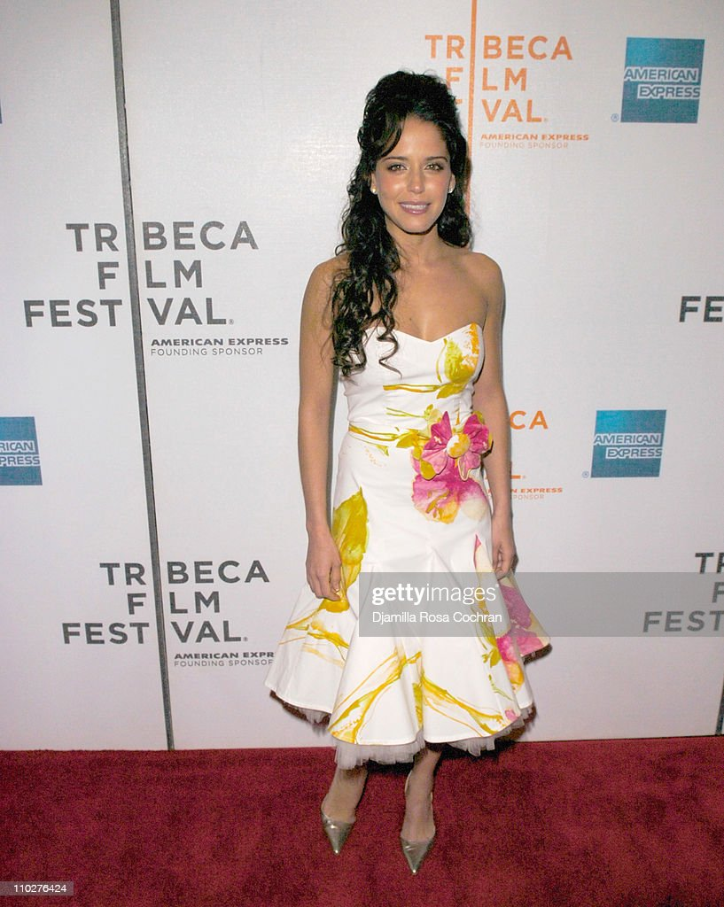 """5th Annual Tribeca Film Festival - """"Alone With Her"""" : News Photo"""