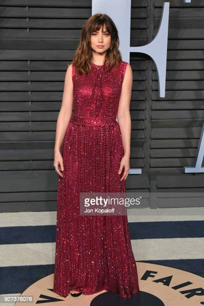 Ana de Armas attends the 2018 Vanity Fair Oscar Party hosted by Radhika Jones at Wallis Annenberg Center for the Performing Arts on March 4 2018 in...