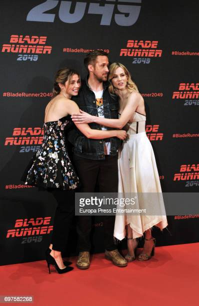 Ana de Armas, Ryan Gosling and Sylvia Hoeks attend 'Blade Runner 2049' photocall during at Arts Hotel on June 19, 2017 in Barcelona, Spain.