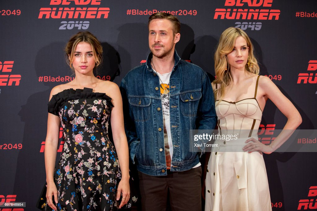 Ana de Armas, Ryan Gosling and Sylvia Hoeks attend 'Blade Runner 2049' photocall at Arts Hotel on June 19, 2017 in Barcelona, Spain.