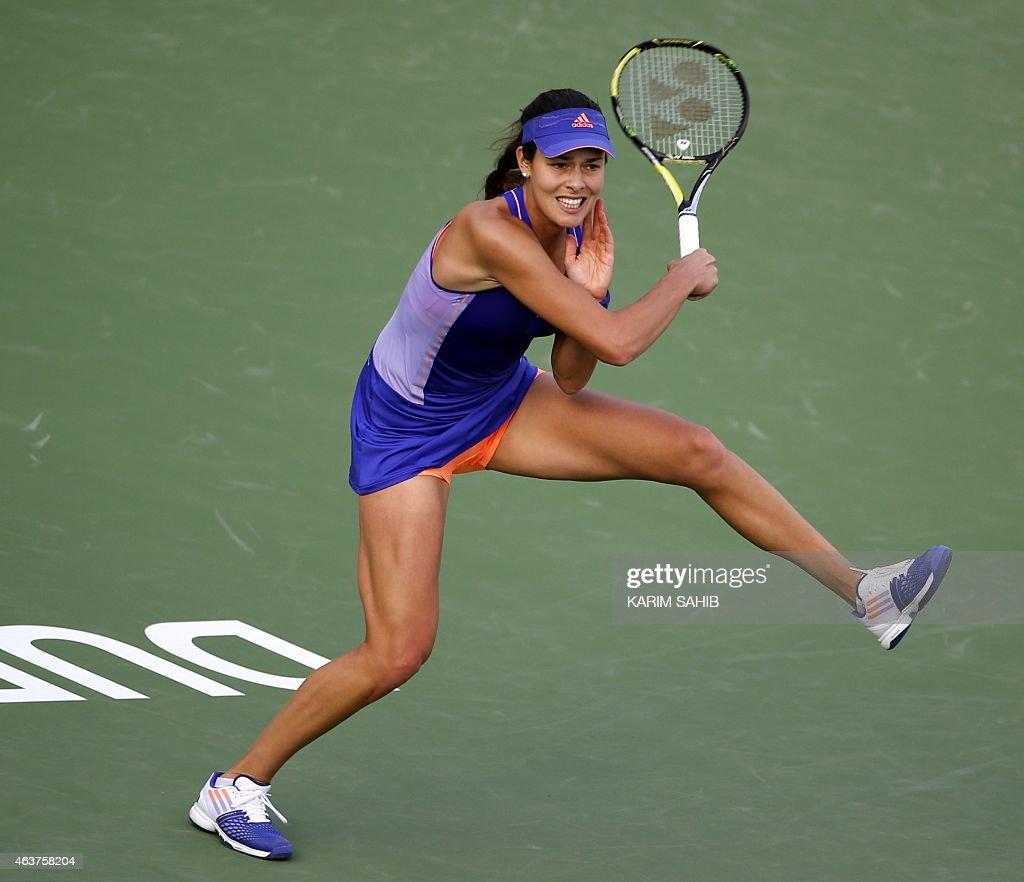 Tennis Magazine Subscription Discount 62: Ana Ivanovic Of Serbia Returns The Ball To Karolina