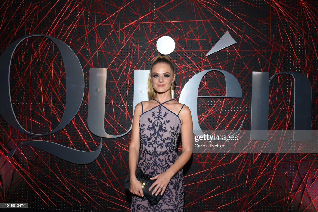 https://media.gettyimages.com/photos/ana-layevska-poses-for-photos-during-the-red-carpet-for-quien-18th-picture-id1019813474