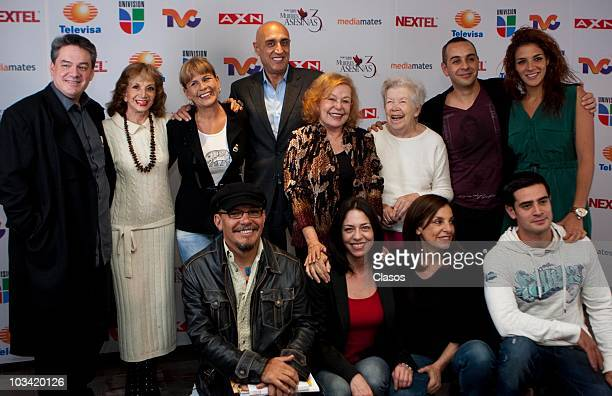 Ana Luisa Peluffo, Leticia Perdigon, Pedro Torres, Irma Lozano, Lourdes Canales and team pose during the presentation of a chapter of the Mujeres...