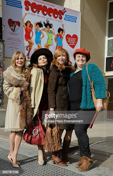 Ana Obregon Fabiola Toledo Elisa Matilla and Tete Delgado attend the presentation of 'Sofocos Plus' at La Latina theatre on January 19 2016 in Madrid...