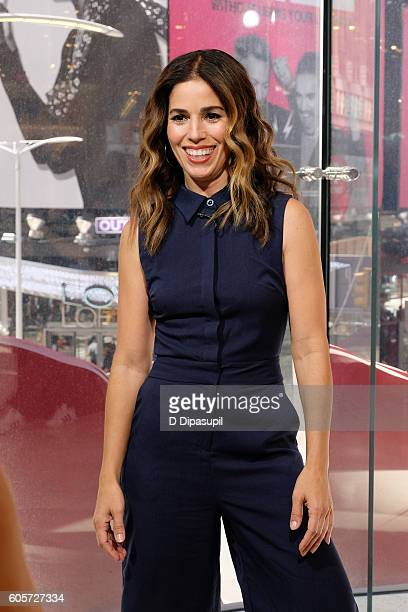 Ana Ortiz visits 'Extra' at their New York studios at HM in Times Square on September 14 2016 in New York City