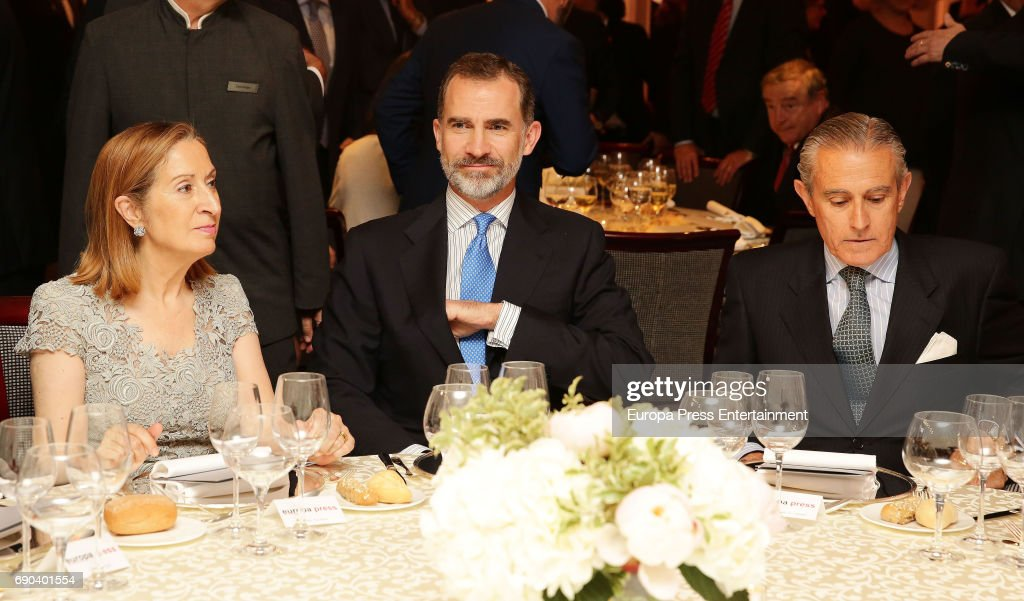 Ana Pastor, King Felipe VI of Spain and Asis Martin de Cabiedes attend Europa Press news agency 60th Anniversary at the Villa Magna hotel on May 30, 2017 in Madrid, Spain.