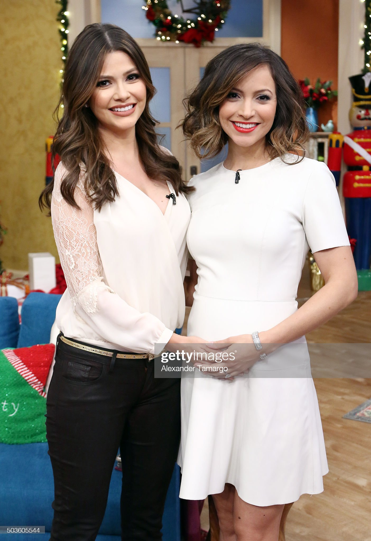 ¿Cuánto mide Ana Patricia Gámez? - Altura y peso - Height and weight Ana-patricia-gamez-and-satcha-pretto-are-seen-on-the-set-of-despierta-picture-id503605544?s=2048x2048