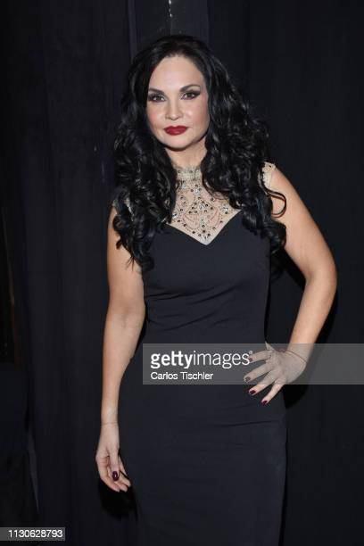 Ana Patricia Rojo poses for photos during the 'Arpias Recargadas' press conference at Teatro Silvia Pinal on February 18 2019 in Mexico City Mexico