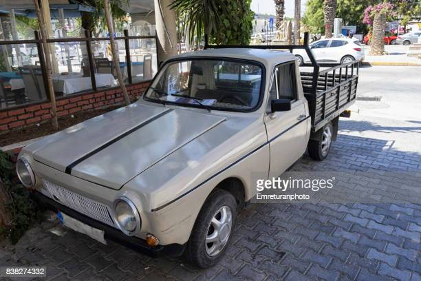 anadol pick up made by otosan in seventies in turkey. - emreturanphoto stock pictures, royalty-free photos & images