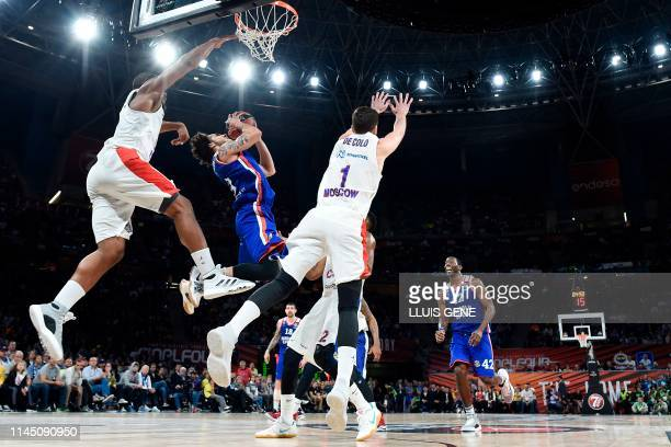 Anadolu Efes' US guard Shane Larkin jumps to score during the EuroLeague final basketball match between Anadolu Efes and CSKA Moscow at the Fernando...