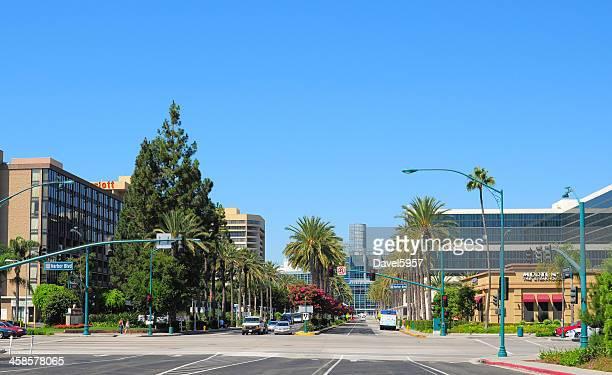 anaheim convention center area - anaheim californië stockfoto's en -beelden