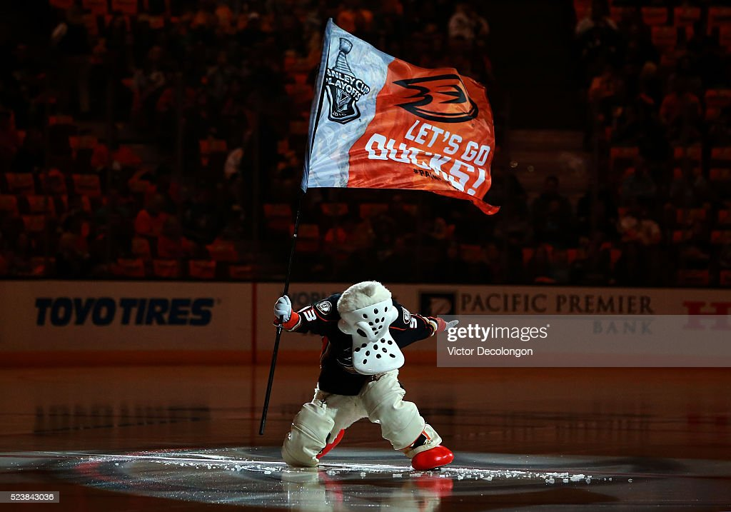 Anaheim Ducks mascot Wild Wing stakes the flag at center ice prior to Game Five of the Western Conference First Round between the Nashville Predators and the Anaheim Ducks during the 2016 NHL Stanley Cup Playoffs at Honda Center on April 23, 2016 in Anaheim, California. The Ducks defeated the Predators 5-2.