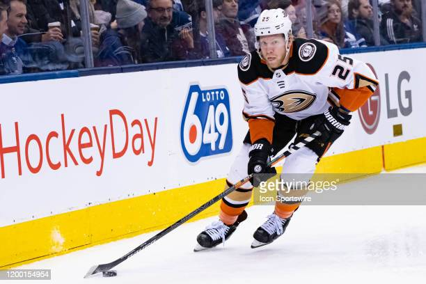 Anaheim Ducks Right Wing Ondrej Kase skates with the puck during the NHL regular season game between the Anaheim Ducks and the Toronto Maple Leafs on...