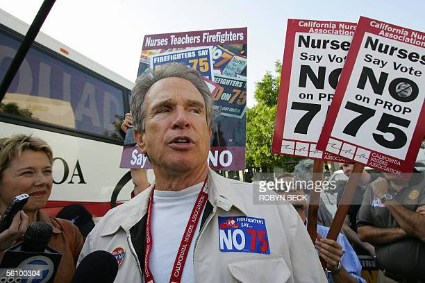 Actor Warren Beatty and his wife actress Annette Bening arrive outside a campaign stop by California Governor Arnold Schwarzenegger in Anaheim CA 05...