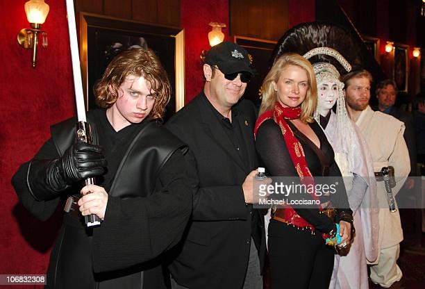 Anakin Skywalker, Dan Aykroyd, Donna Dixon, Queen Amidala and Obi-Wan-Kenobi