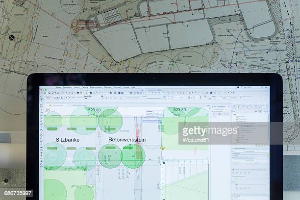 Analogue and digital construction plans