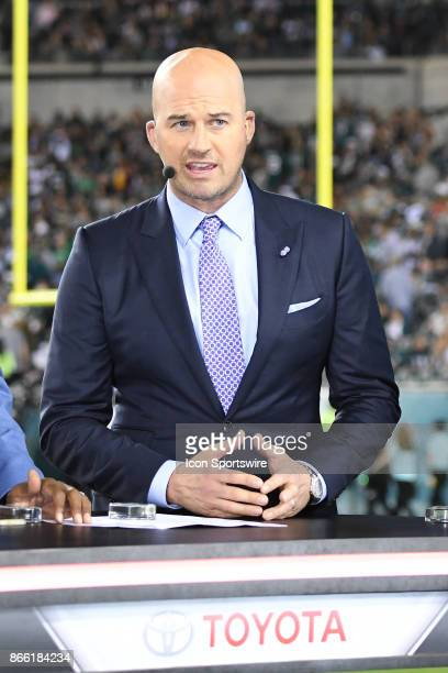 ESPN analyst Matt Hasselbeck looks on during a NFL football game between the Washington Redskins and the Philadelphia Eagles on October 23 2017 at...