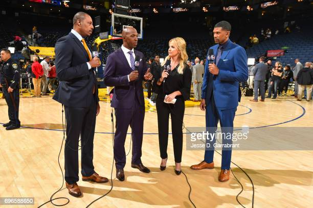 Analysts Paul Pierce Chauncey Billups Michelle Beadle and Jalen Rose host a show before Game One of the 2017 NBA Finals between the Cleveland...