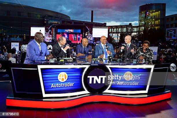 Analysts Shaquille O'Neal Ernie Johnson Kenny Smith and Charles Barkley host a show with Executive Director of the National Basketball Players...