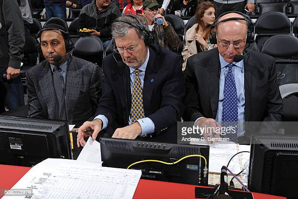 Analysts Stephen A Smith and PJ Carlesimo call the Chicago Bulls game against the Los Angeles Clippers at STAPLES Center on January 31 2016 in Los...