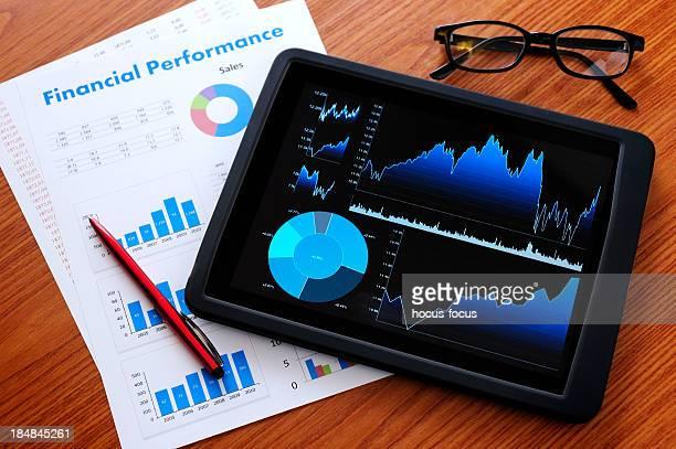 Analysiere mit digitalen tablet