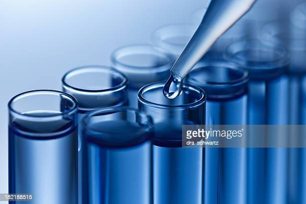 analyzing samples - molecules stock photos and pictures