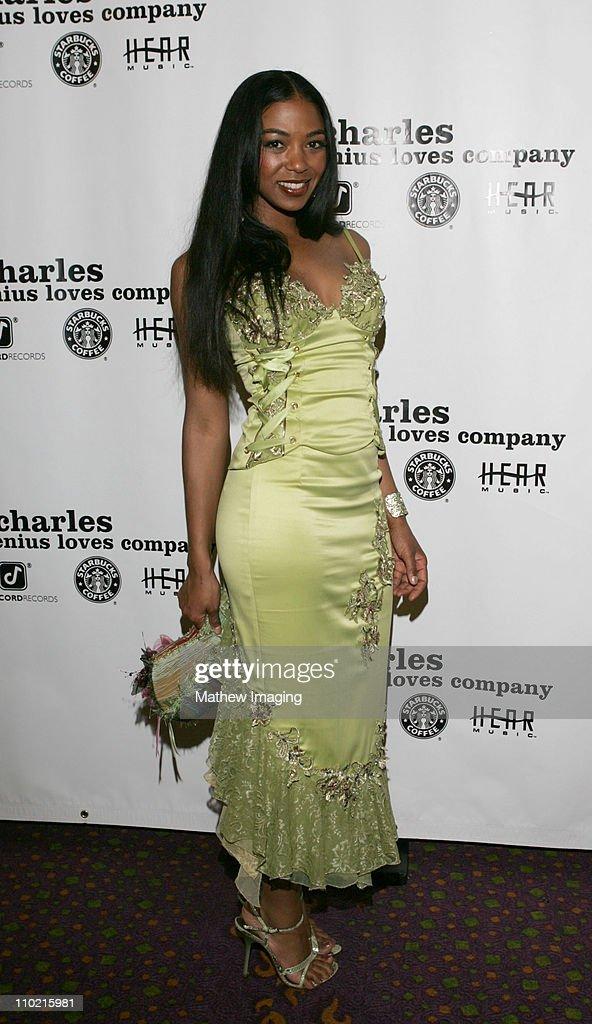 Ray Charles Post 2005 GRAMMY Awards Party : News Photo