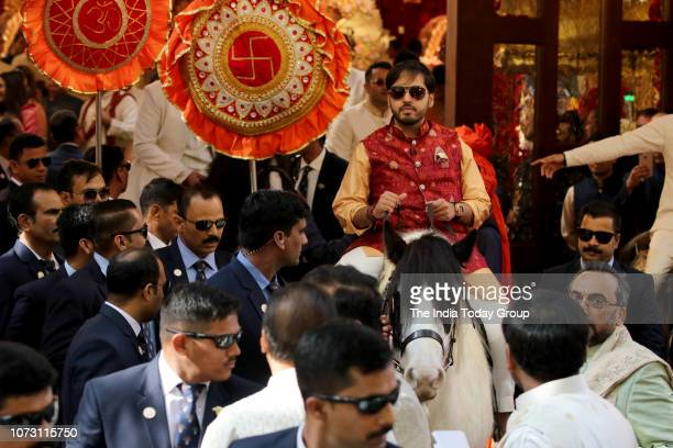Anant Ambani at sister Isha Ambanis wedding ceremony in Mumbai