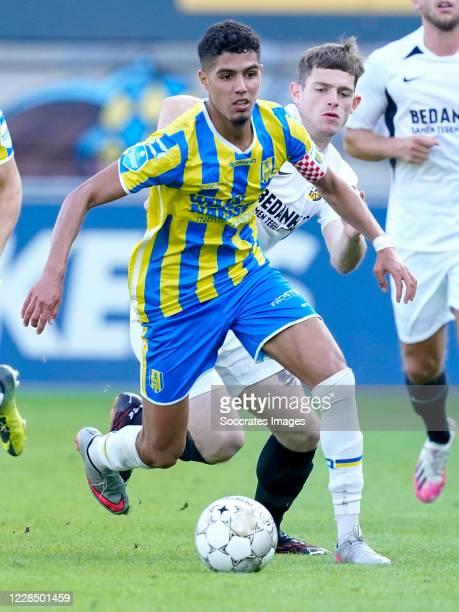Anas Tahiri of RKC Waalwijk, Thomas Buitink of Vitesse during the Dutch Eredivisie match between RKC Waalwijk v Vitesse at the Mandemakers Stadium on...
