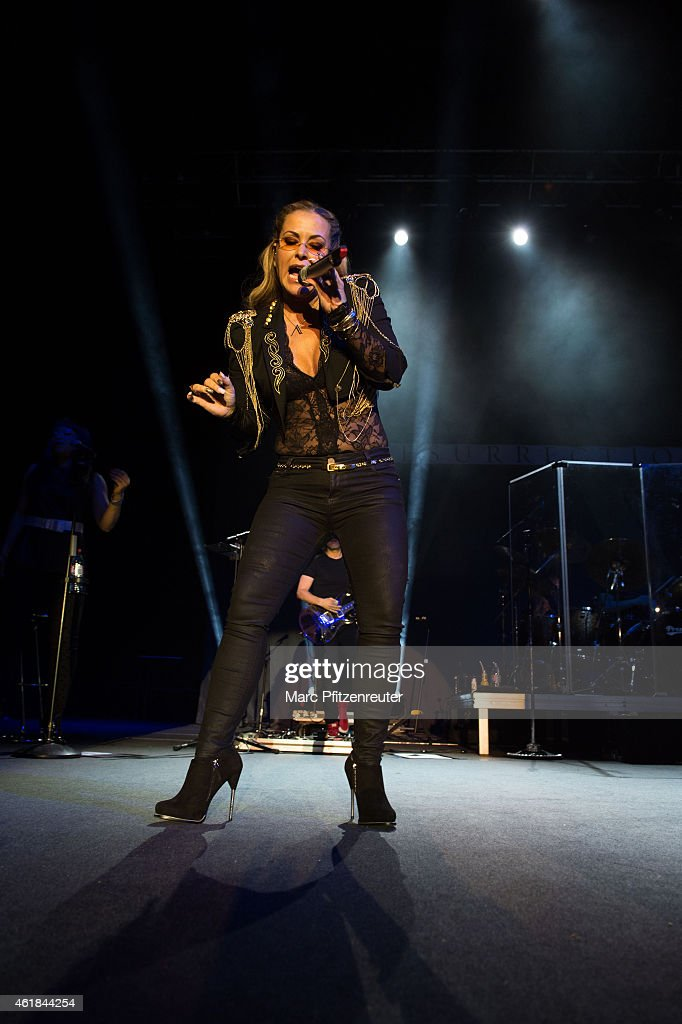 Anastacia performs on stage at the Palladium on January 20, 2015 in Cologne, Germany.
