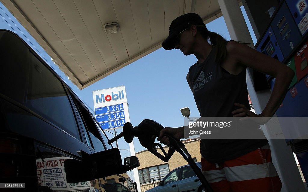 Exxon Mobil Posts 91 Percent Increase In Quarterly Profits : News Photo